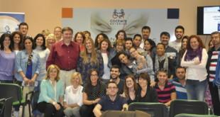 Fotos de grupo visita a a la sede de COCEMFE Asturias
